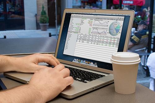 trade stocks online, stock market, trading, dividend stocks