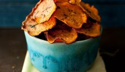 fried sweet potato chips, sweet potato chips recipe, homemade sweet potato chips