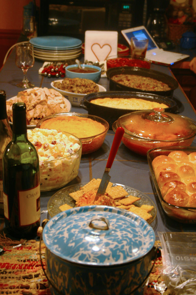 budget Thanksgiving dinner, cost of Thanksgiving dinner, ways for an affordable Thanksgiving